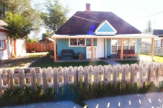 Grandma's Cottage: Casa Azul
