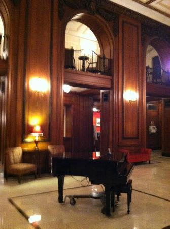 The Read House Historic Inn And Suites: lobby