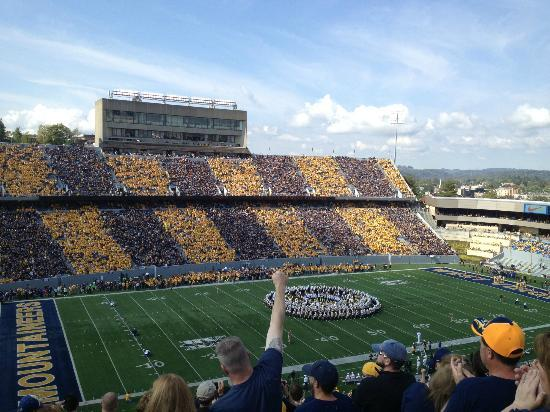 Mountaineer Field: WVU vs Baylor