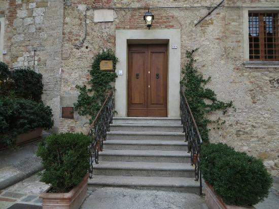 La Locanda di San Francesco: Front door