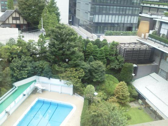 Hotel Okura Tokyo: 残念ながら9月中旬?初旬?で終了のプール。