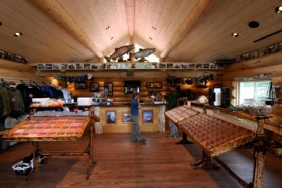 Alaska Troutfitters Lodge: Inside The Fly Shop