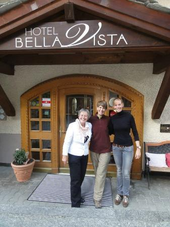 Hotel Bella Vista: the owner, Bernadette, joined by her beautiful daughter, Fabienne