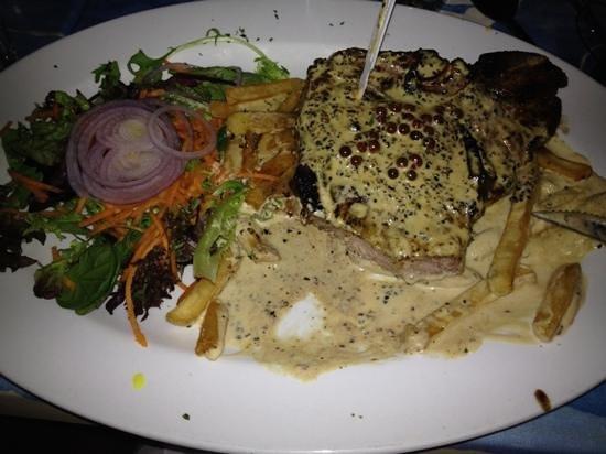 Pinocchio Restaurant: T-Bone steak and pepper sauce