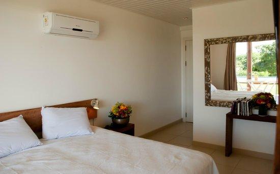 Bossa Nova: habitacion doble c vista parcial al mar