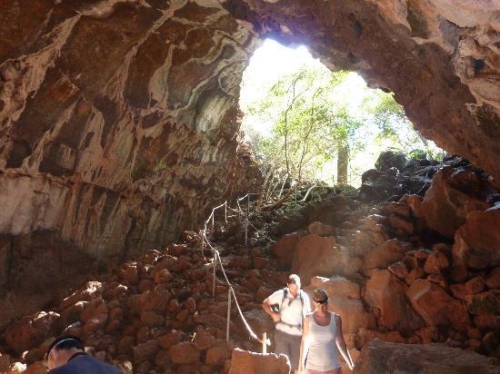 Undara Experience : lava tubes
