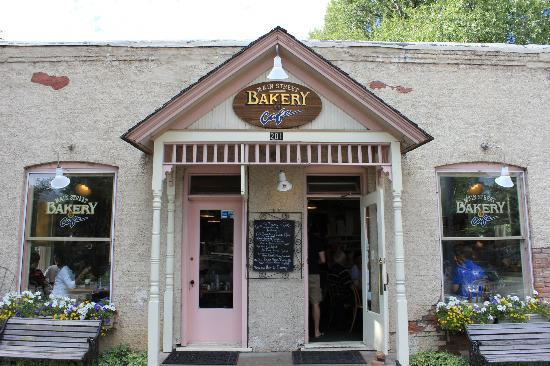 Main Street Bakery & Cafe : Main Entrance