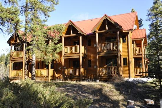 Baker Creek Mountain Resort: our suite was in the 1st floor