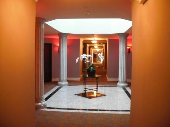 Villa Montes Hotel, an Ascend Collection Hotel: Hallway