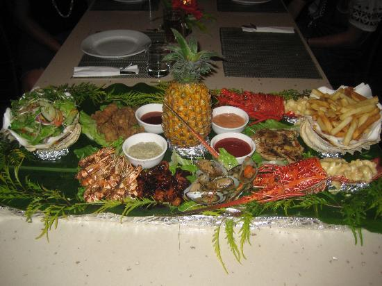 Uprising Beach Resort: Seafood Platter