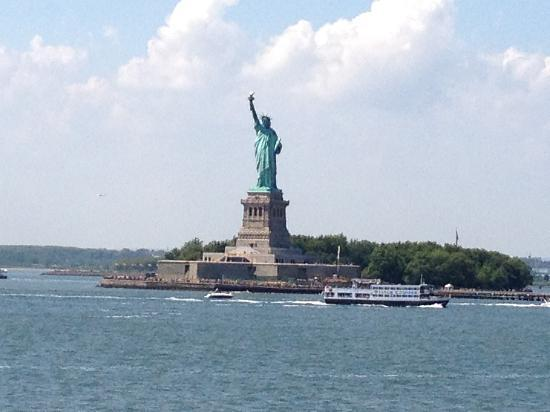 W New York - Downtown: Walk from hotel to boats that will take you here!!!