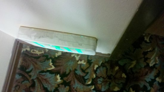 Days Inn Lehi : This is how dirty random things in the hotel were