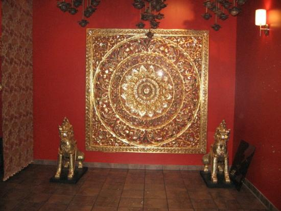 Talay Thai II : Golden arts and crafts