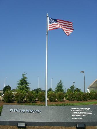 Pentagon Memorial照片