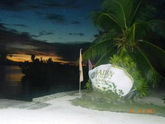 Badian Island Resort and Spa: sunset
