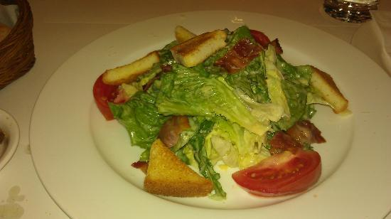 BEST WESTERN Premier Gangnam: Caesar salad in the italian cafe IlMare