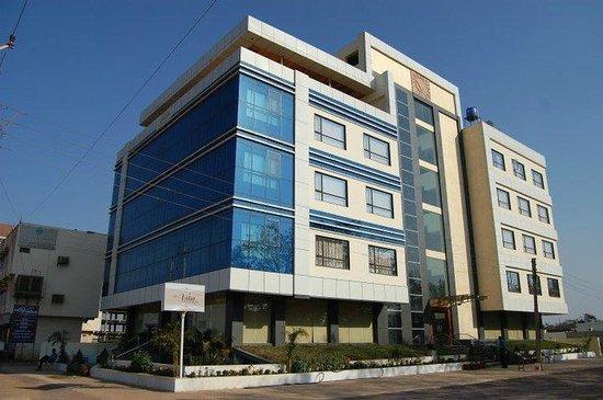Hotel Vatsa International