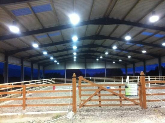 Pony Tales Stables: Covered arena