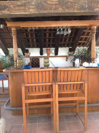 Casa Encantada: Bar