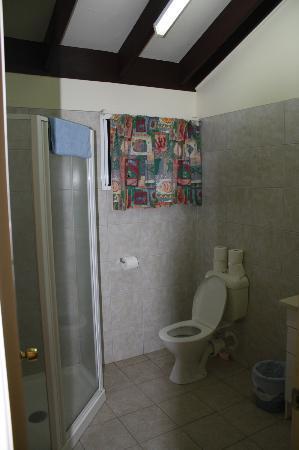 ذا إيدج ووتر ريزورت آند سبا: Bathroom 