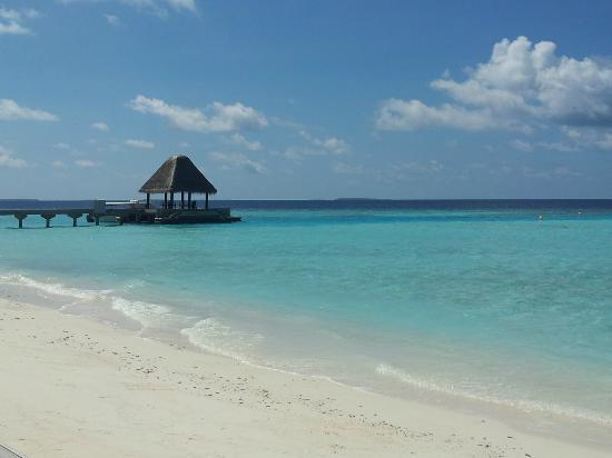 Anantara Kihavah Maldives Villas: view from the beach on the deck