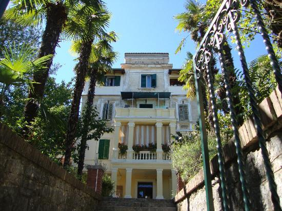 Hotel Park Lovran : Other villas in Lovran