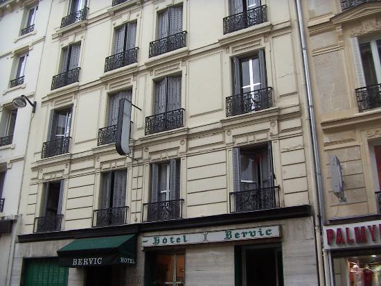 Le Bervic Montmartre: building