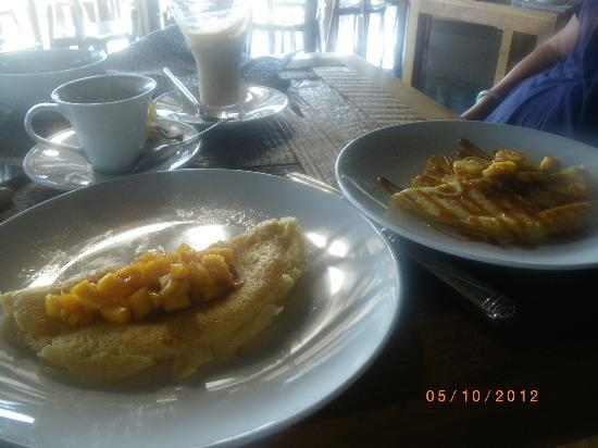 Mantra Samui Resort: pancakes at breakfast