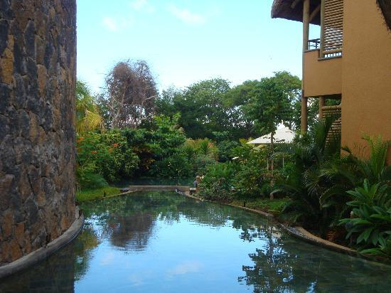 Tamarina Golf & Spa Boutique Hotel: Inside Through out Swimming Pool