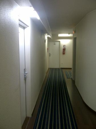 Mercure Ajaccio: Couloir