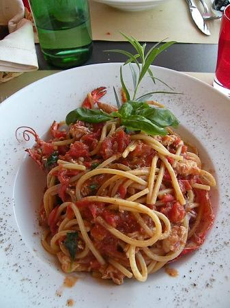 Agriturismo Gattogiallo: Spaghetti chitarra con astice