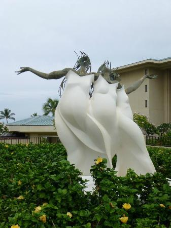 Four Seasons: sculpture