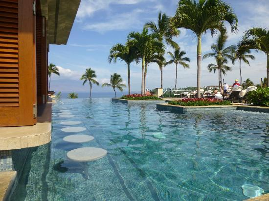 Four Seasons Resort Maui at Wailea: adults pool