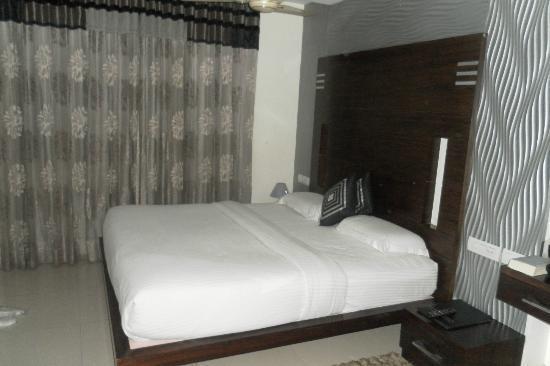 โรงแรมซิงห์ เอ็มไพร์ ดีเอ็กซ์: zimmer