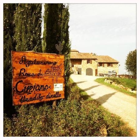 Rocca di Cispiano: Entrance
