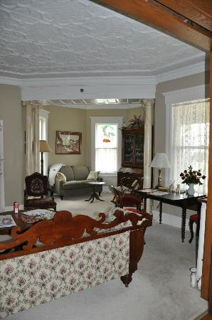 Sleepy Hollow Bed & Breakfast: Coin salon