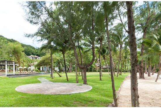 The Mangrove Panwa Phuket Resort: Garden
