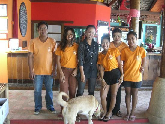 Secret Garden Beach Resort: Lovely staff!!!