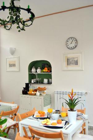 Locanda Carmel: Breakfast Room