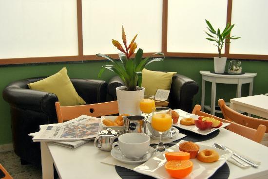 Hotel Locanda Carmel: Breakfast Room