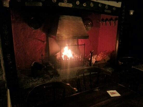 The Knatchbull Arms: open fire at the knatchbull.