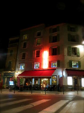 La Victoire: Hotel Exterior