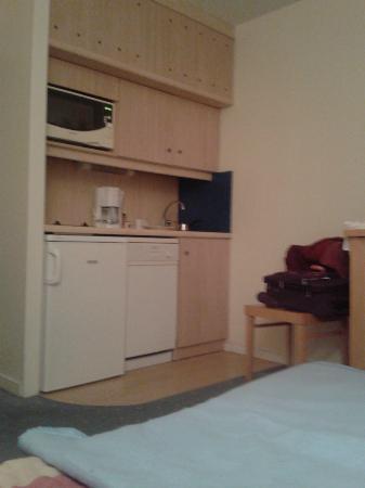 Pierre & Vacances Résidence Centre : kitchenette