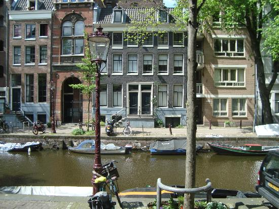 Rembrandtplein Hotel: vista dell'hotel