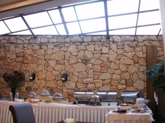 Olympus Mediterranean: Restaurant area 