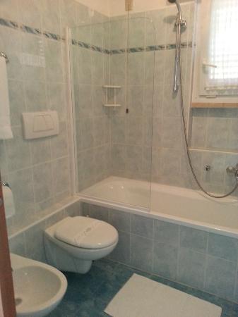 Villa Edera: Bathroom