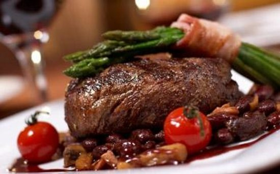 Rare Grill & Steakhouse: Mouth watering main courses