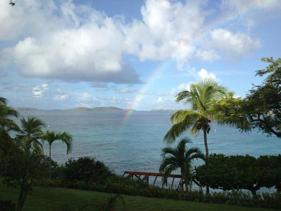 ‪‪Gallows Point Resort‬: 8B view with rainbow every day after it rains.