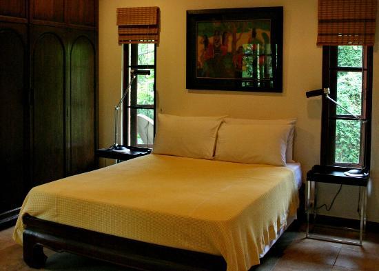 2 bedrooms villa (Lotus) - Queen size bed bedroom
