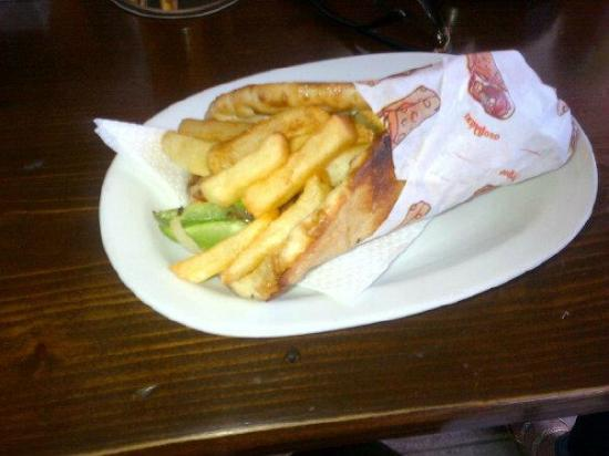 the Fishery Inn Pub: Veggie Gyros